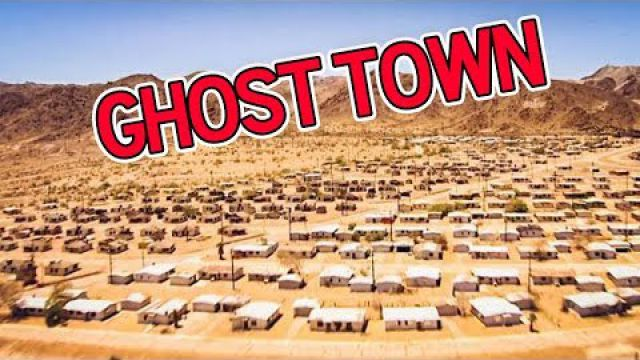 ABANDONED gigantic GHOST TOWN in the California Desert (bloody hospital found)